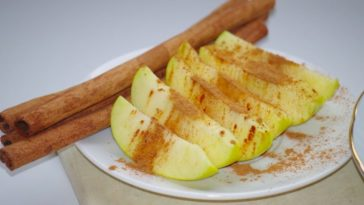 home made air fresheners apple and cinnamon